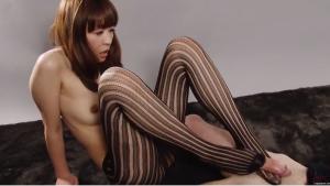 足コキジャパンの無料エロ動画‼ キレイな足コキ愛撫が無修正動画で見れます