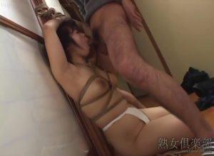三十路人妻 望月加奈、熟女倶楽部の無料エロ動画(無修正)