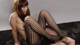 平子さおりの足コキが無修正で見れる! 足コキジャパン(Legs Japan)無料エロ動画