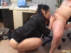 巨乳女上司酒井ちなみとのオフィスラブ、Office Sexの無修正動画