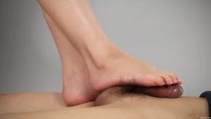 椎名みずほの美脚足コキ Legs Japanの無修正動画